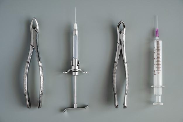 Fórceps de herramientas médicas para odontología