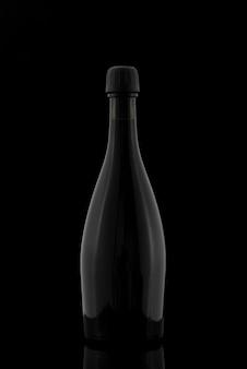 Forma de botella con fondo oscuro