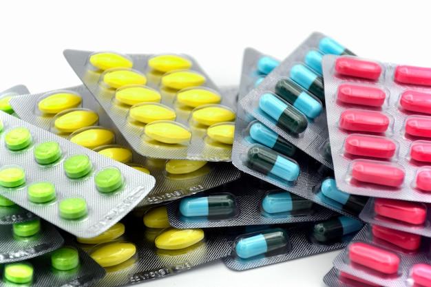 Forma de dosificación oral. cápsula, tableta, cápsula en tira para dispensar dosis unitarias.