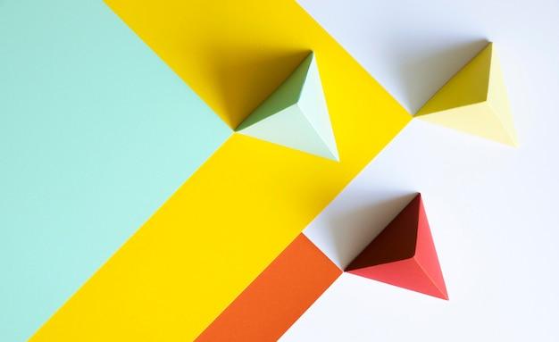 Forma de papel triangular