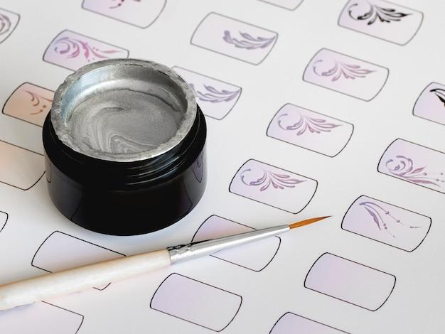 Formación en monogramas de pintura para manicura. tarjetas de entrenamiento para manicura.