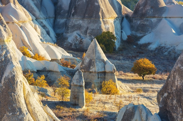 Formación rocosa inusual en la famosa capadocia, turquía