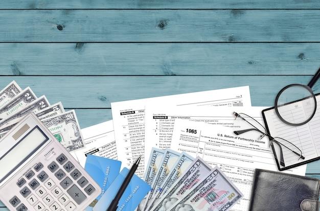 Formulario 1065 del irs. declaración de ingresos de la sociedad estadounidense.