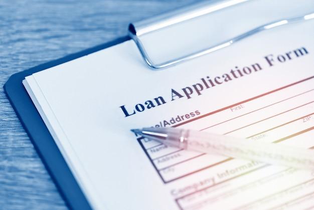 Formulario de solicitud de préstamo, crédito de empresa o persona de acuerdo de contrato de dinero de préstamo financiero