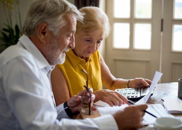 Formulario de solicitud de seguro de pareja senior