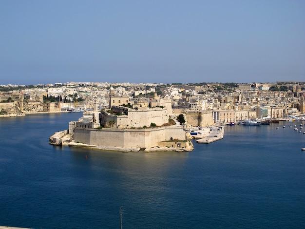 La fortaleza en victorioso, malta