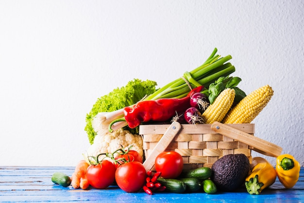 Foto estudio de cesta de vegano