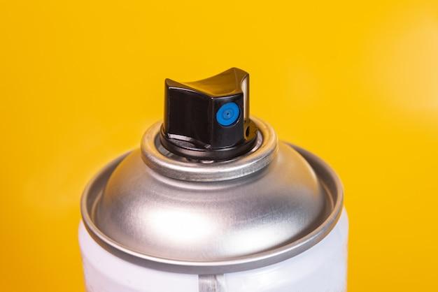 Fotografía macro de pintura en aerosol