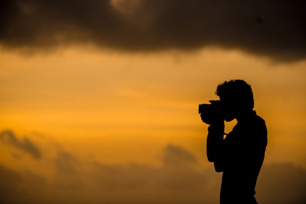 Fotógrafo al amanecer