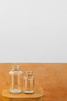 Frascos de vidrio de cocina mínima abstracta copia espacio
