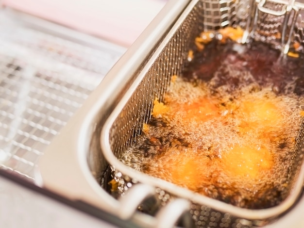 Freír la bola de queso