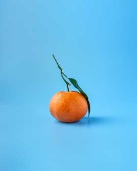Fruta madura de naranja o mandarina