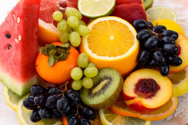 Fruta en la mesa