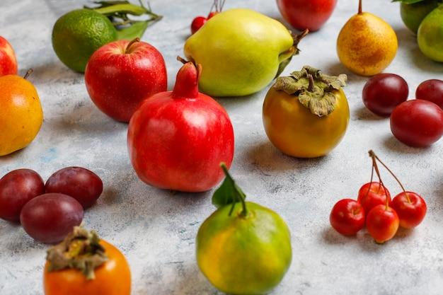Fruta de otoño otoño de frutas de temporada de acción de gracias, vista superior