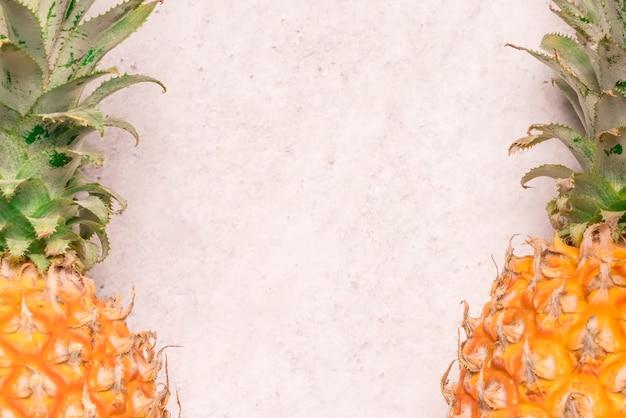 Frutas tropicales y estacionales de verano. piña arreglada, estilo de vida saludable