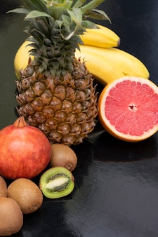 Frutas tropicales frescas