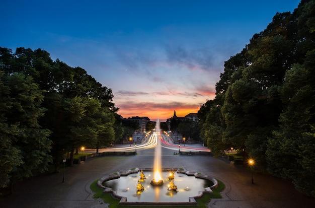 Fuente en friedensengel, donde se encuentra el famoso monumento de los soles.
