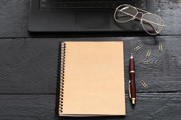 Gadgets y material de oficina