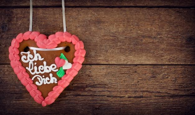 Galleta de corazón de pan de jengibre lebkuchenherzen