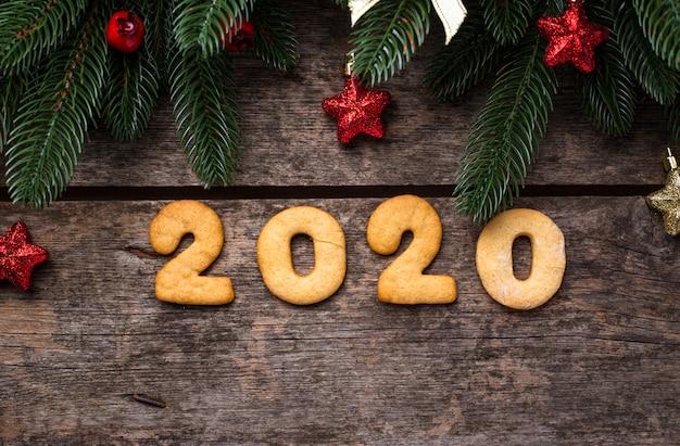 Galletas de año nuevo en forma 2020
