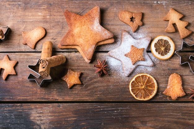 Galletas de azúcar en forma de estrella de mantequilla