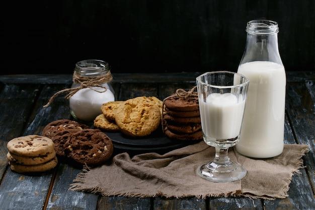Galletas caseras con leche