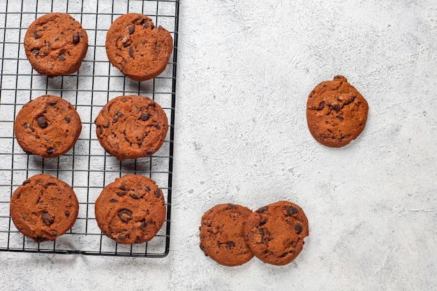 Galletas sin gluten con chispas de chocolate.