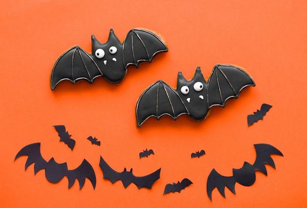 Galletas de jengibre de halloween y murciélagos