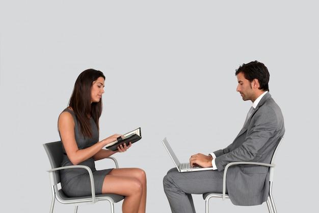 Gente de negocios en reunión aislada