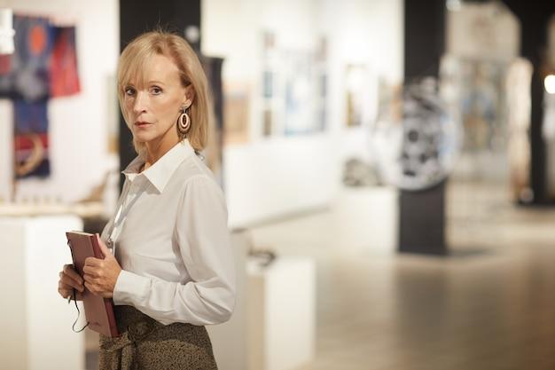 Gerente de galería de arte