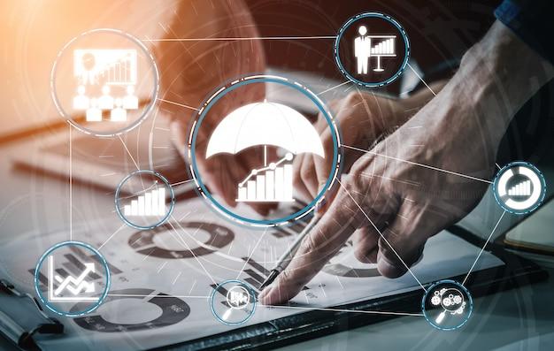 Gestión y evaluación de riesgos para empresas.