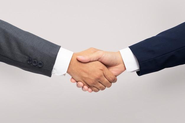 Gesto de mano de apretón de manos de acuerdo comercial