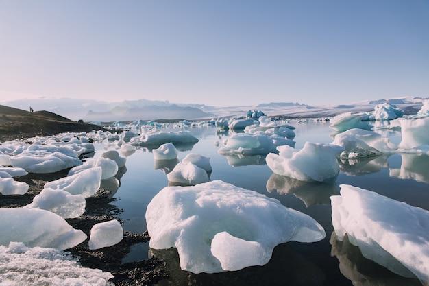 El glaciar derretido en islandia
