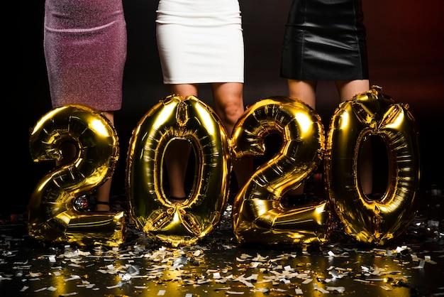 Globos dorados de año nuevo