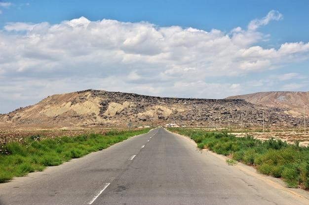 Gobustan es un parque de petroglifos en azerbaiyán