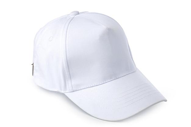 Gorra de béisbol blanca aislada sobre fondo blanco cerrar
