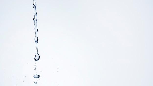 Gotas de agua con espacio de copia