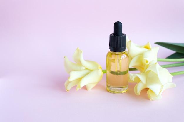 Gotero de vidrio botella de maquillaje. protección de la piel