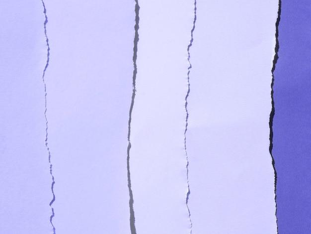 Gradiente púrpura de composición abstracta con papeles de colores