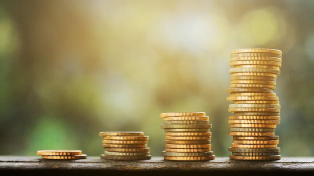 Gráfico de dinero viejo finanzas y concepto de negocio