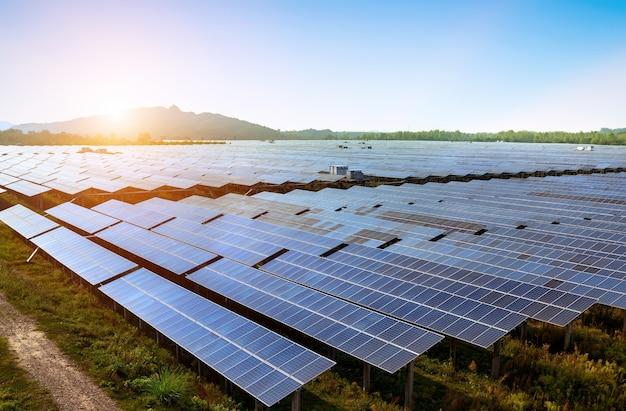 Gran área de paneles solares