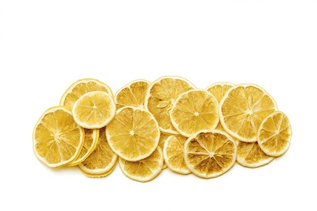 Una gran cantidad de naranja en rodajas secas