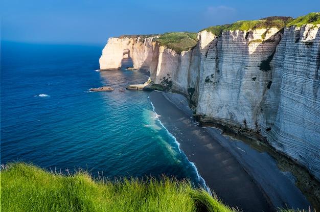 Grandes acantilados en francia