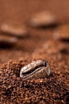 Grano de café en café soluble