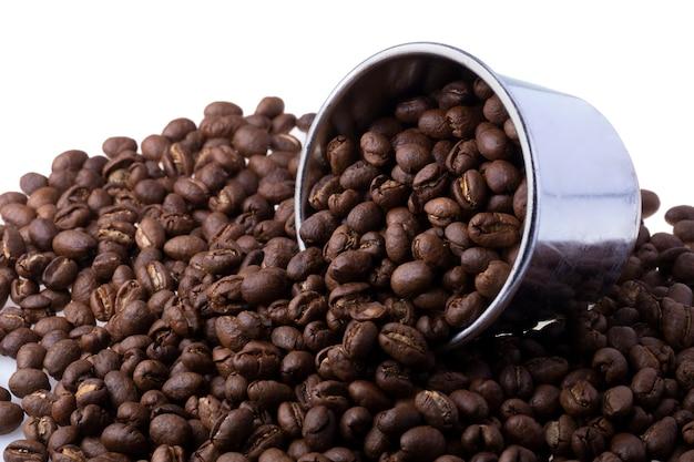 Granos de café arábica tostados