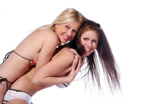 Grupo de dos hermosas hermanas
