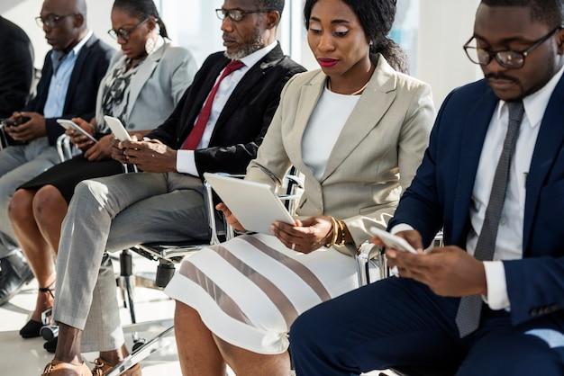 Un grupo de empresarios internacionales