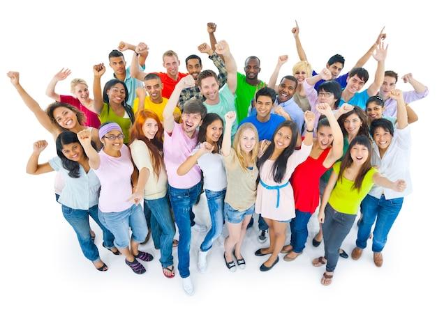 Grupo de estudiantes diversos felices
