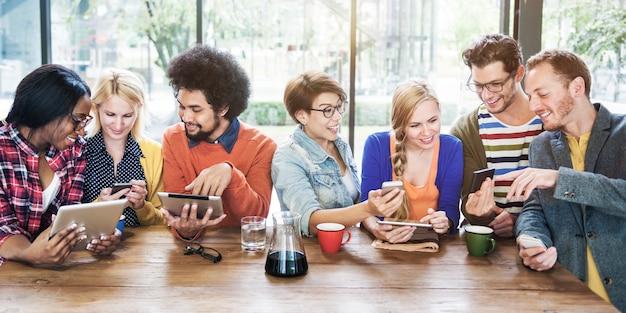Grupo de estudio de estudiantes universitarios