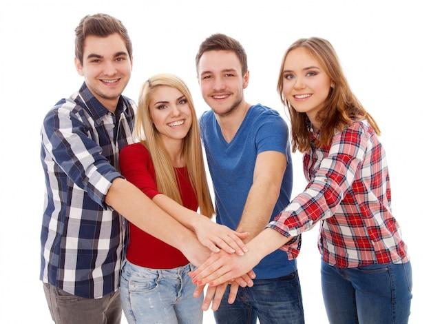 Grupo de jóvenes felices